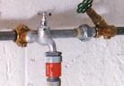 Разклонение на водопровода със скоба